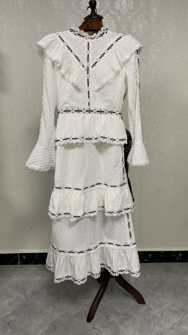 19-years-white-small-fragrance-strokes-stitching-lace-collar-collar-long-sleeve-multi-layer-high-waist-3.jpg