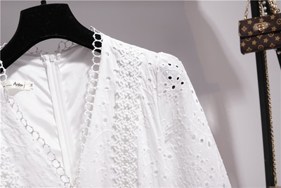 2020-Elegant-Ruffles-V-neck-Long-Sleeve-White-Lace-Long-Party-Dress-Women-High-Quality-Vacation-2.jpg