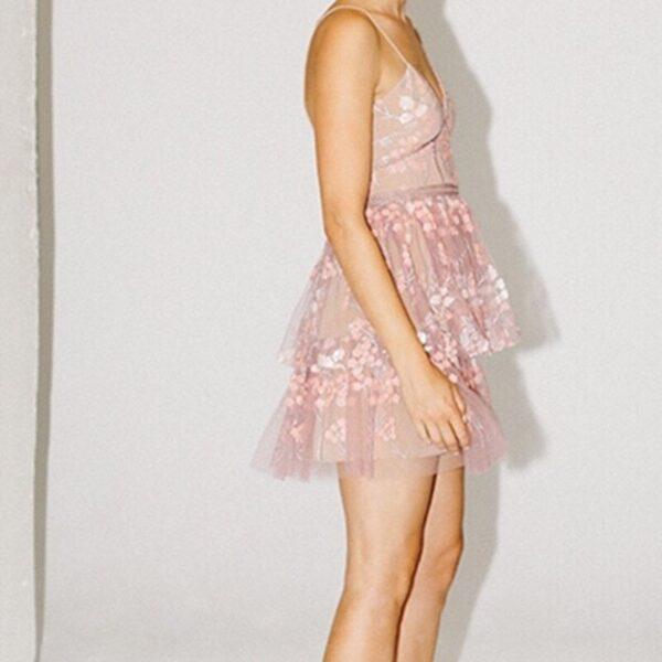 DEAT-2021-Summer-New-Fashion-Tide-V-neck-High-Waist-Embroidery-Sleeveless-Printing-Temperament-Elegant-3.jpg